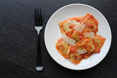 Medium Square Meat Ravioli